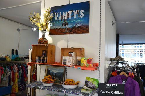 small_Mucbook_Vintys-Muenchen_Second-Hand_Vintys-schließt_Shop.jpg