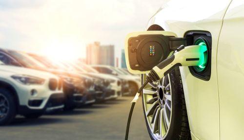 small_Neue Elektroautos 2021 – diese Fahrzeuge erwarten dich